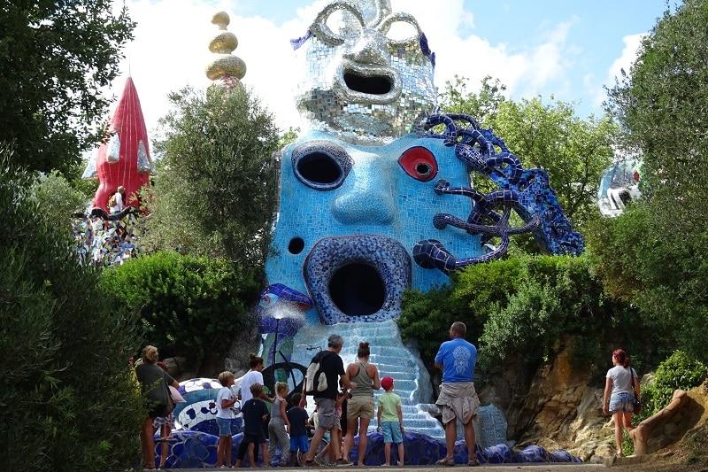 Il giardino dei tarocchi tra colori e magia il campeggio - Il giardino dei tarocchi ...