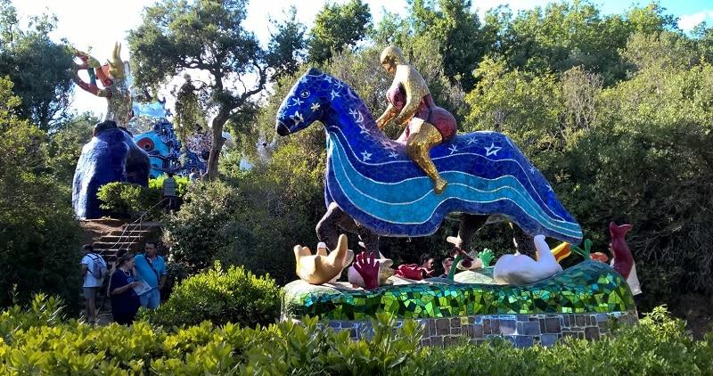 Il giardino dei tarocchi tra colori e magia il campeggio dei bambini blog - Il giardino dei tarocchi ...