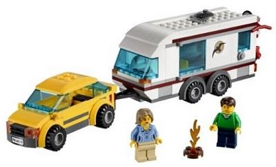 lego-auto-e-caravan