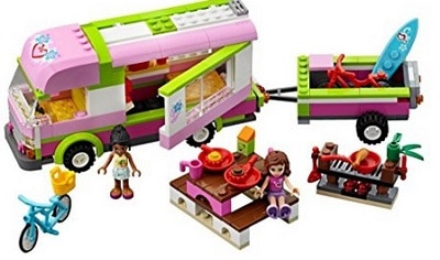 lego-friends-gita-in-camper