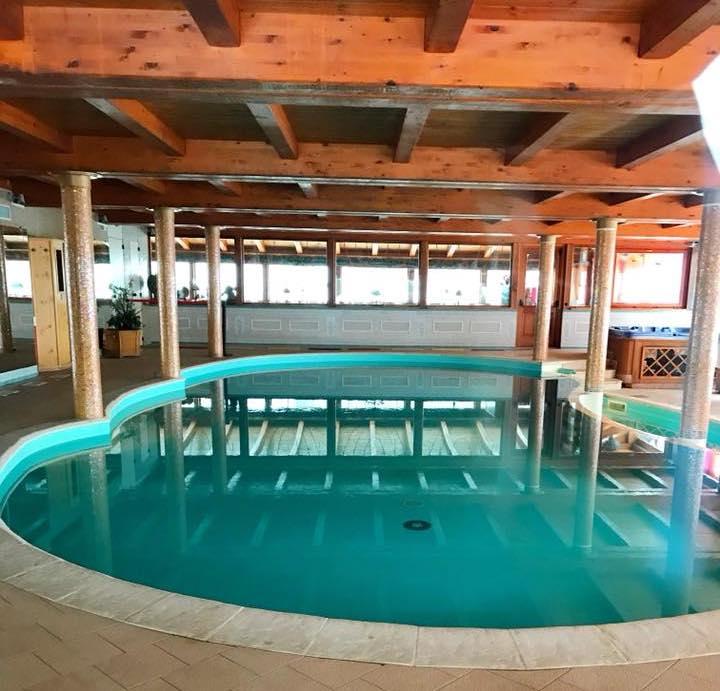 piscina Dalai lama